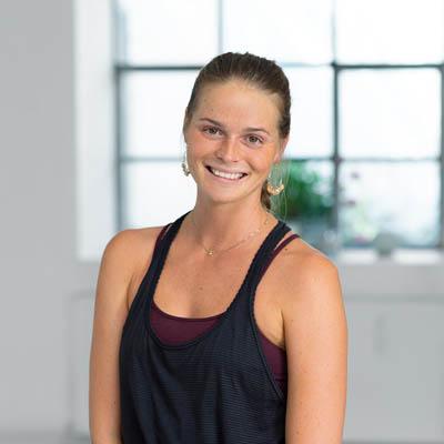Yoga teacher Julia Wenisch