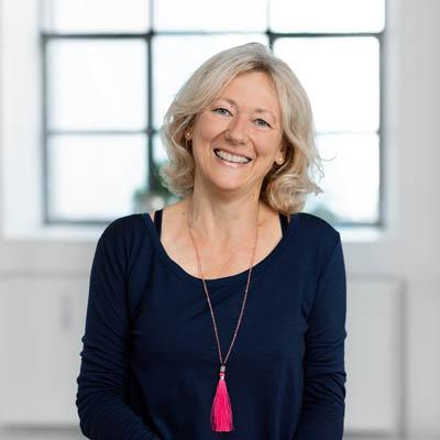 Leiterin Yogastudio Yogaflows Freising Petra Zuckschwert Martin